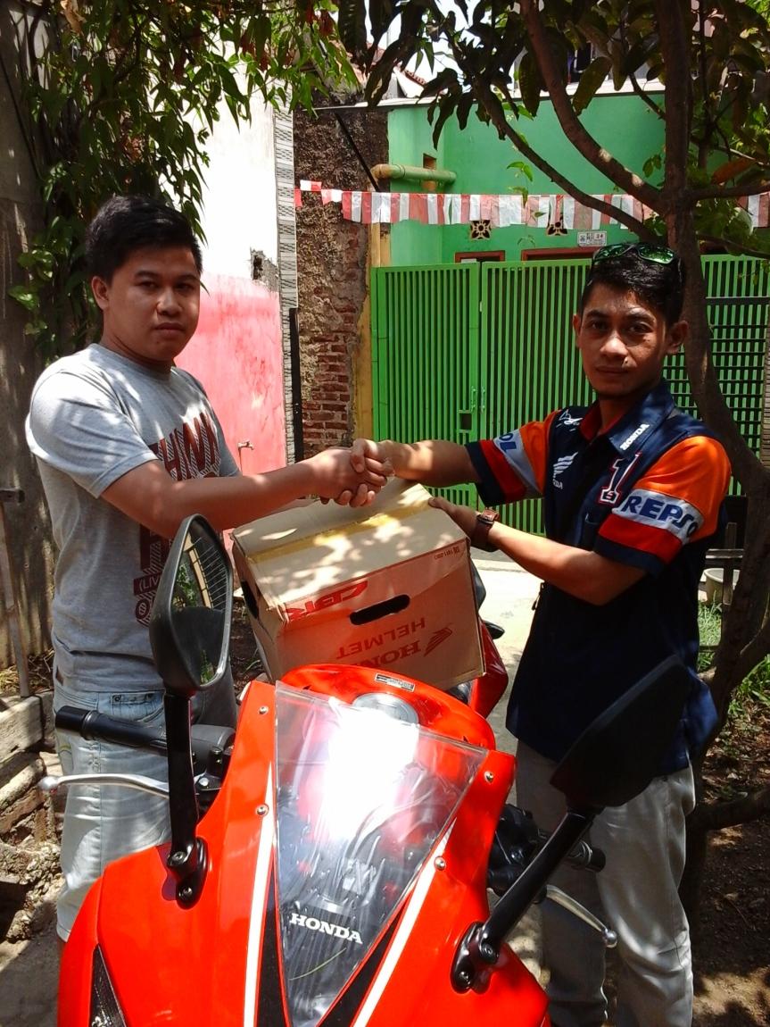 September 2015 Kredit Motor Honda Paling Murah Cimahi Bandung New Vario 110 Esp Cbs Iss Glam Red Kendal Membeli Gratis Asuransi Kecelakaan
